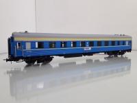 """Вагон модели 61-425 в окрасе фирменного поезда """"КАМА"""""""